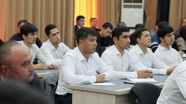 Пресс-конференция, организованная Агентством информации и массовых коммуникаций при Администрации президента - Sputnik Узбекистан