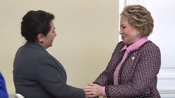 Встреча Валентины Матвиенко и Танзилы Нарбаевой на межпарламентской ассамблее СНГ - Sputnik Узбекистан