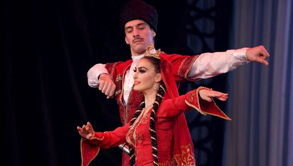В Ташкенте выступил легендарный ансамбль танца из Дагестана Лезгинка - Sputnik Узбекистан