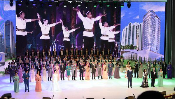 Праздничный концерт в честь Дня конституции Узбекистана - Sputnik Ўзбекистон