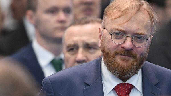Deputat Gosudarstvennoy Dumы RF Vitaliy Milonov  - Sputnik Oʻzbekiston