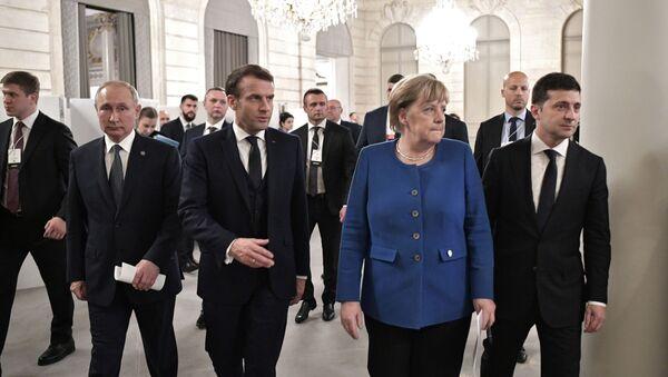 Рабочий визит президента РФ В. Путина во Францию  - Sputnik Ўзбекистон