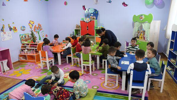Дети в детском саду - Sputnik Ўзбекистон