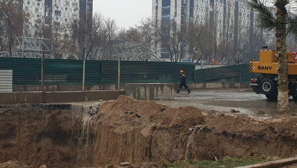 В Ташкенте обрушилась часть строящейся линии метро - Sputnik Ўзбекистон