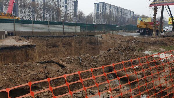 В Ташкенте обрушилась часть строящейся линии метро - Sputnik Узбекистан