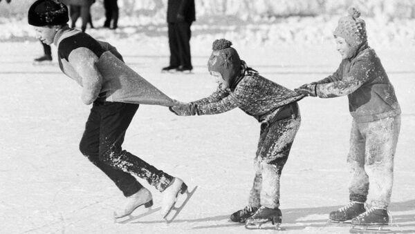 Қишки таътил, 1976 йил. - Sputnik Ўзбекистон