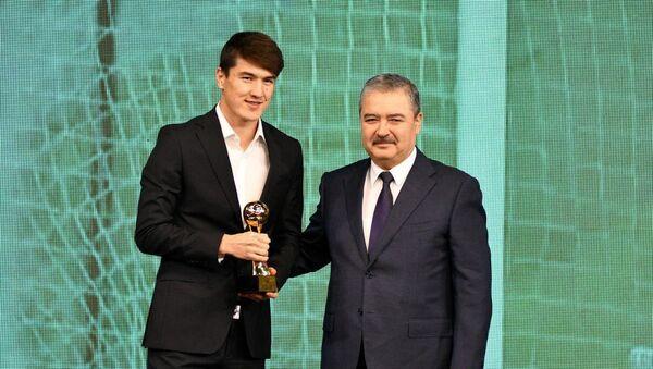 Элдор Шомуродов признан лучшим футболистом Узбекистана в 2019 году - Sputnik Ўзбекистон