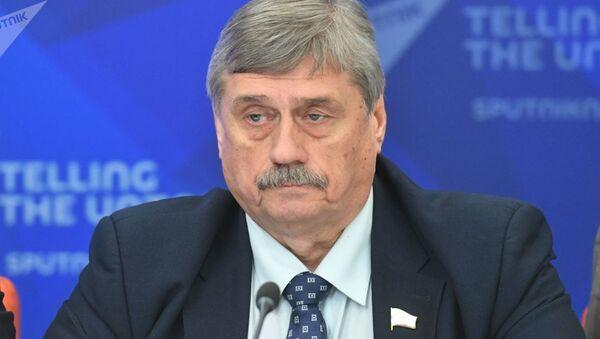 Заместитель председателя Комитета Совета Федерации по обороне и безопасности Михаил Козлов - Sputnik Узбекистан