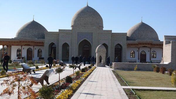 Мавзолей Абул Муина Насафи - Sputnik Узбекистан