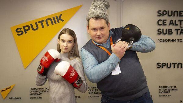 Участники флешмоба в поддержку Sputnik Эстония - Sputnik Ўзбекистон