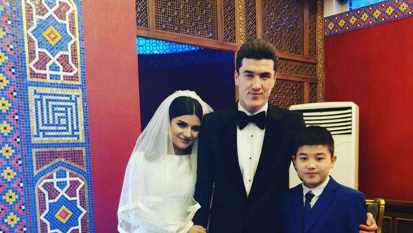 Элдор Шомуродов женился - Sputnik Узбекистан