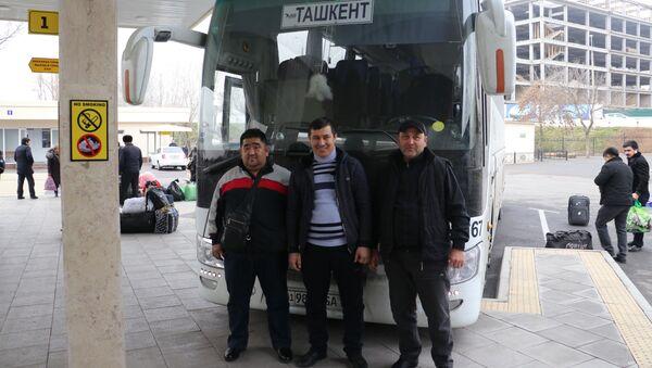 Автобус следующий по маршруту Москва-Ташкент - Sputnik Ўзбекистон