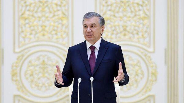 Президент Узбекистана Шавкат Мирзиёев провел встречу с руководителями палат парламента, членами правительства, главами министерств и ведомств - Sputnik Ўзбекистон