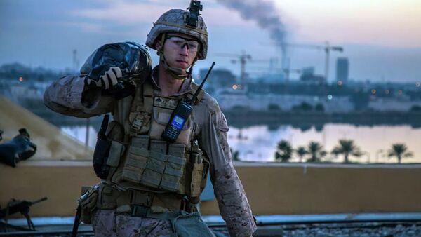Американский морской пехотинец на территории посольства США в Багдаде, Ирак. 4 января 2019 - Sputnik Ўзбекистон