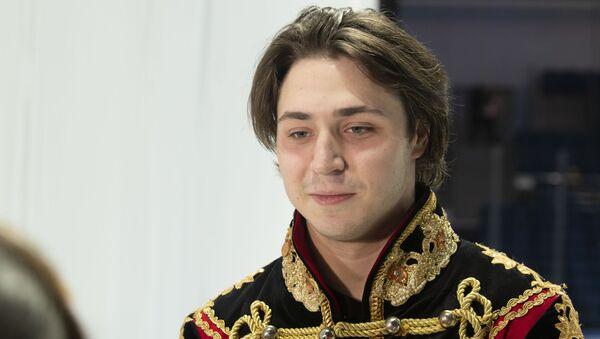 Исполнитель роли Щелкунчика в ледовом шоу Даниил Паркман - Sputnik Узбекистан