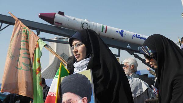 V Irane prazdnuyut godovщinu islamskoy revolyutsii - Sputnik Oʻzbekiston