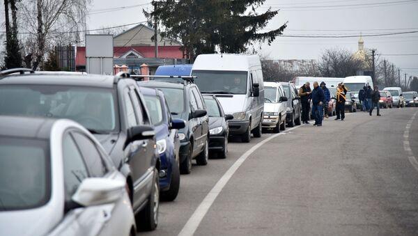 Автомобили на границе - Sputnik Узбекистан