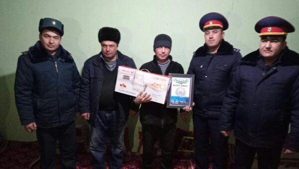 Журабек Зиёдов получил благодарность от МЧС Узбекистана - Sputnik Ўзбекистон