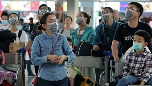 Вспышка пневмонии неизвестного происхождения. Предварительно установлено, что возбудителем заболевания стал новый тип коронавируса — 2019-nCoV - Sputnik Ўзбекистон