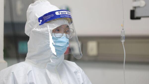 Вспышка пневмонии неизвестного происхождения. Предварительно установлено, что возбудителем заболевания стал новый тип коронавируса — 2019-nCoV - Sputnik Узбекистан