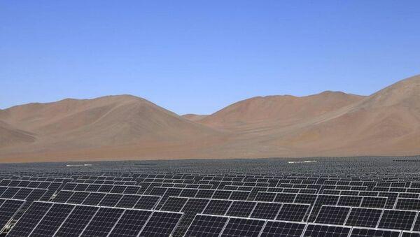 Проект по строительству солнечной станции в Шерабадском районе Сурхандарьинской области - Sputnik Ўзбекистон