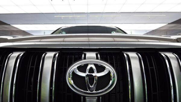 Автомобиль Toyota Prado - Sputnik Узбекистан