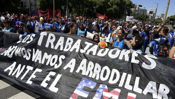 V Argentine proxodyat massovыe aktsii protesta protiv vыdeleniya kredita MVF - Sputnik Oʻzbekiston
