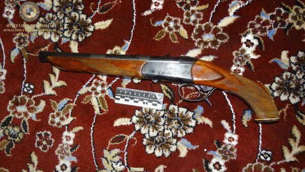 Оружие, изъятое у задержанных в Коканде хулиганов - Sputnik Ўзбекистон