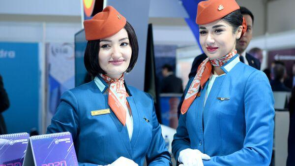 Нова форма стюардесс Узбекистон Хаво йуллари - Sputnik Узбекистан