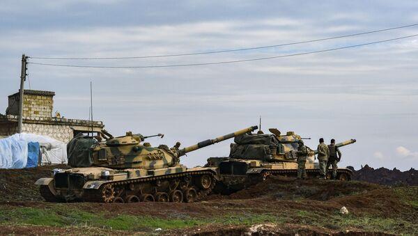 Танки турецкой армии в провинции Идлиб - Sputnik Ўзбекистон