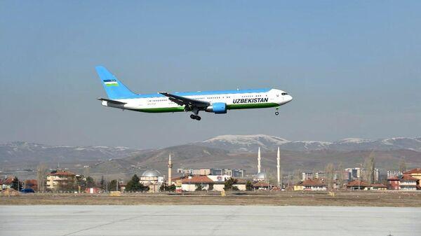 Президент Узбекистана Шавкат Мирзиёев прибыл в Турцию с визитом - Sputnik Ўзбекистон