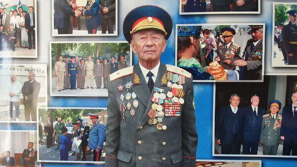 Генерал-майор в отставке Абдуллажон Артикбаев, участник Второй мировой войны - Sputnik Ўзбекистон