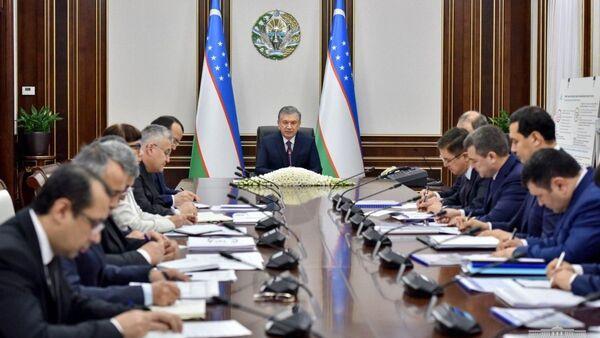 Шавкат Мирзиёев провел заседание посвященное химической отрасли - Sputnik Ўзбекистон