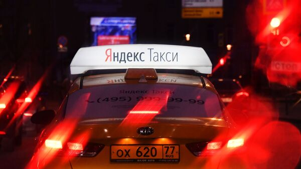 Avtomobil slujbы Yandeks Taksi. - Sputnik Oʻzbekiston