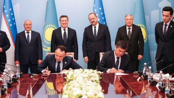 II Forum mejregionalnogo sotrudnichestva Uzbekistana i Kazaxstana - Sputnik Oʻzbekiston