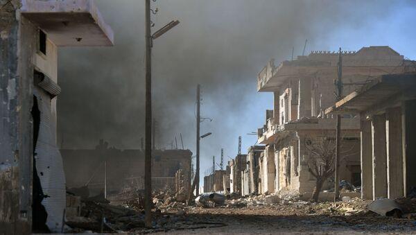 Ситуация в населенном пункте ад-Дейр аш-Шаркий в Сирии - Sputnik Ўзбекистон
