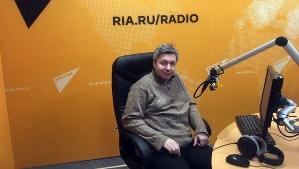 Финансовый аналитик Дмитрий Голубовский - Sputnik Узбекистан
