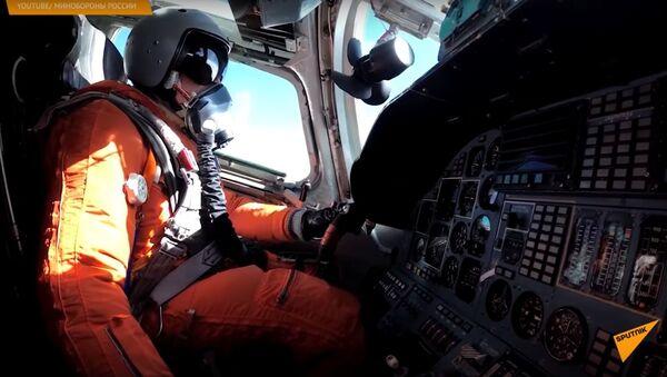 Два Ту-160 совершили 15-часовой перелет над Атлантикой - Sputnik Узбекистан