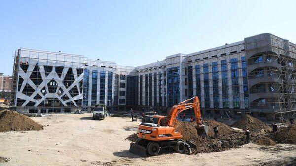 Строительство зданий в Андижанской, Навоийской и Сурхандарьинской областях для карантина и лечения зараженных коронавирусной инфекцией  - Sputnik Узбекистан