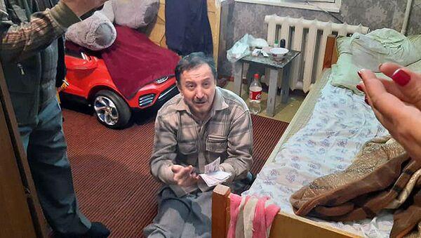 Одинокие пожилые люди - Sputnik Узбекистан