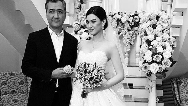Свадьба Лолы Юлдашевой, фото с Равшаном Юлдашевым  - Sputnik Ўзбекистон