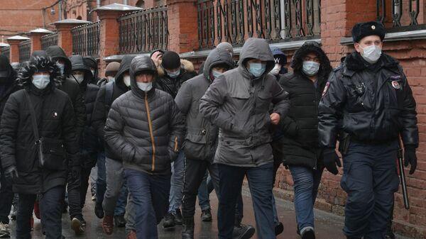 Мигранты - Sputnik Ўзбекистон