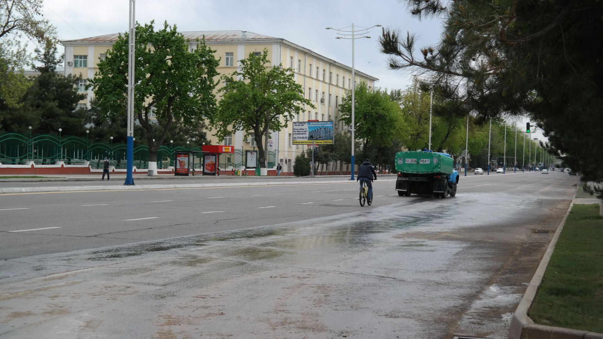 Пустые улицы Ташкента  - Sputnik Узбекистан, 1920, 01.07.2021
