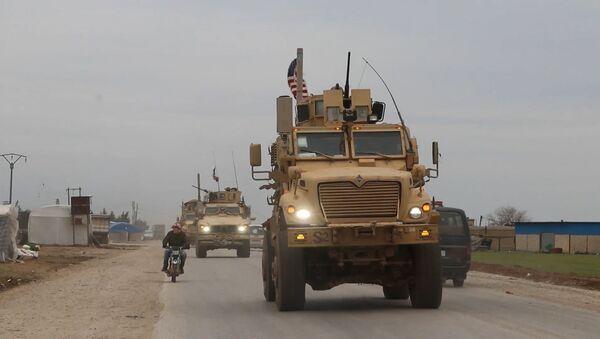 США используют ситуацию с коронавирусом для помощи боевикам в Сирии - Sputnik Узбекистан
