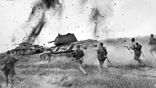 Курская дуга. Атака соединений 5 Гвардейской танковой армии в районе Прохоровки - Sputnik Ўзбекистон