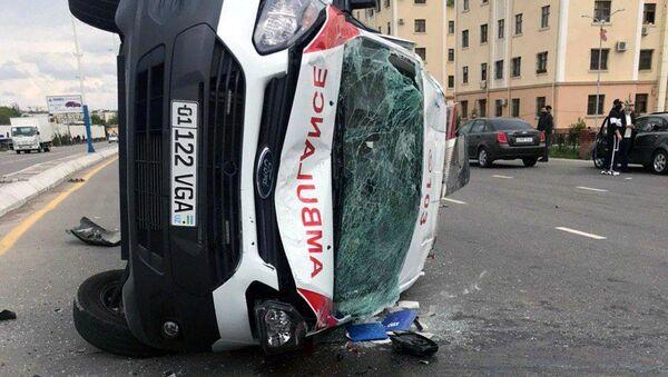 ДТП с участием машины скорой помощи в Ташкенте - Sputnik Ўзбекистон