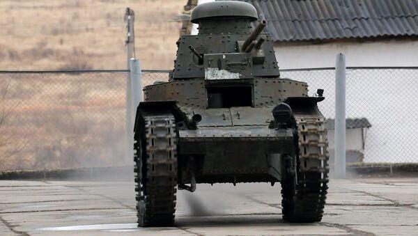 Первый советский танк готовят к параду Победы - Sputnik Ўзбекистон