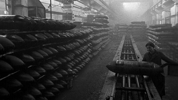 Великая Отечественная война 1941-1945 гг. Завод авиационных бомб - Sputnik Ўзбекистон