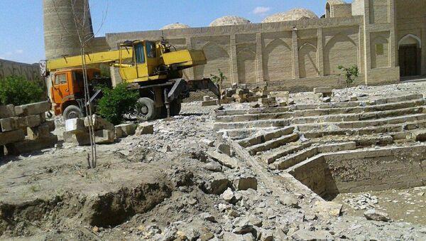 Снос памятника в Бухаре - Sputnik Узбекистан