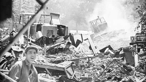 Архивные кадры последствий ташкентского землетрясения 1966 года - Sputnik Ўзбекистон